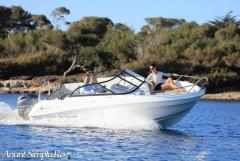 Barca Jeanneau 5.5BR cu motor 100CP