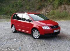 Volkswagen Touran 2.0 TDI 134cp 7 locuri