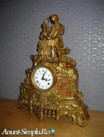 Ceas semineu bronz SU STATUETA ROMEO SI IULIA