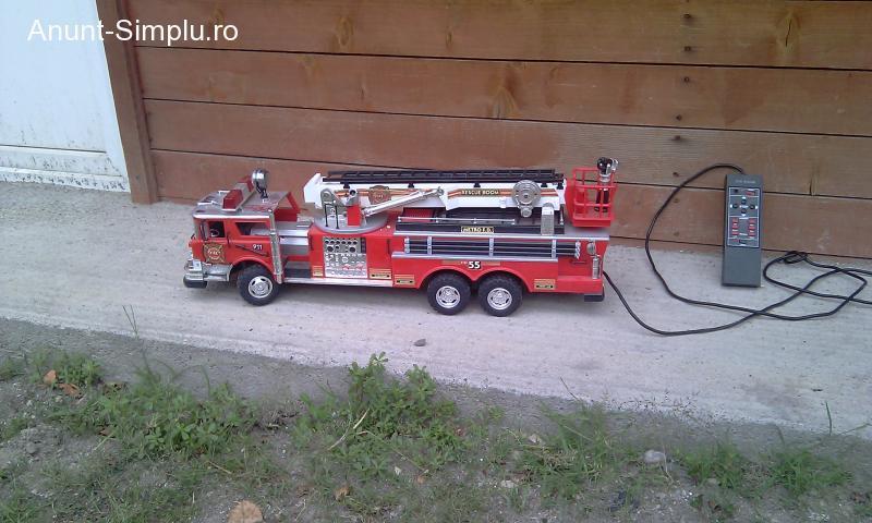 Masinuta pompieri cu telecomanda