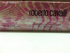 Vand parfum Roberto Cavalli