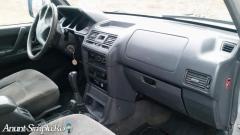 Mitsubishi Pajero FAB 2002