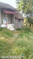 Casa 2 camere cu teren  3000mp