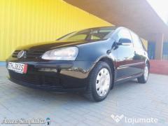 Volkswagen Golf 5 Model Comfortline 1.6 benzina