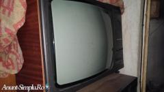 Televizor alb-negru Sirius 208 B + un tub alb-negru