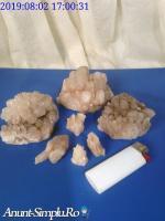 Flori de mina roci minerale pietre semipretioase