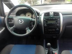 Mazda Premacy An 2002