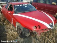 Dezmembrez Alfa Romeo GTV