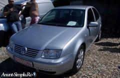 Volkswagen Bora An 2003 (taxa nerecuperata)